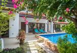 Villages vacances Maret - Beachfront Resort Villa Baan Frangipani 4br-4