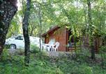 Camping avec Site nature Saint-Pierre-Lafeuille - Château de Lacomté-4