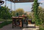 Location vacances  Province de Pesaro et Urbino - Casa dei ciliegi Appartamento primo piano con spazio verde esclusivo-4
