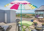 Location vacances Plage de Plovan - Holiday Home Plozevet with Sea View I-1