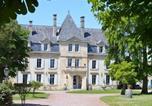 Hôtel Plassac - Château Julie - Hôtel 9 chambres & Salle de mariage-1