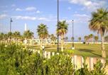 Location vacances  Alméria - Apartamento Lujo Playa Serena-1