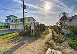 Location vacances Havelock - Colorful Cottage with Patio Across from the Beach!-2