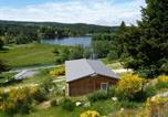 Location vacances  Lozère - Le Chalets du lac de Ganivet-3