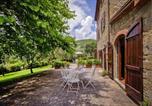 Location vacances  Province d'Arezzo - Agri-tourism Le Capanne Castiglion Fiorentino - Ito07100d-Dyb-2