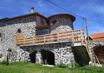 Location vacances Saint-Privat-d'Allier - Gite La Tourterelle-1