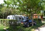 Camping avec Piscine couverte / chauffée Domazan - Camping Saint Gabriel-1