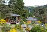 Location vacances  Lozère - Le Chalets du lac de Ganivet-1