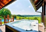 Location vacances Veliko Trgovišće - Nice home in Radakovo w/ Sauna, Wifi and Outdoor swimming pool-1