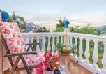 Location vacances Jete - Three-Bedroom Holiday Home in Almunecar-2