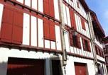Hôtel Saint-Jean-de-Luz - Rental Apartment Fontaine - Ciboure-1