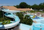 Camping avec Piscine couverte / chauffée Biscarrosse - To sur Camping Lou Broustaricq -3