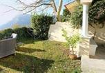 Location vacances  Province de Salerne - Nocelle Villa Sleeps 2 Air Con Wifi-3