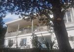 Location vacances Carnoux-en-Provence - Bas de villa à 5 min de Cassis en pleine nature-1