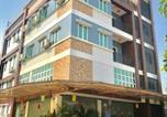 Hôtel Myanmar - Sky Ace Motel-1