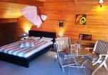 Location vacances Floressas - Jouan Wooden House-2