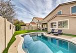 Location vacances Glendale - Private Home w/Pool, 2mi to Westgate Entertainment-3