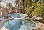 Location vacances Miami Lakes - Spacious North Miami Beach House with Pool and Gazebo!-1