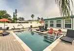 Location vacances Bradenton Beach - Bradenton Beach Home w/Tiki Bar & Heated Pool-1