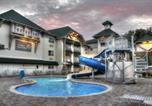 Hôtel Sevierville - The Lodge at Five Oaks-2