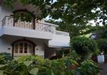 Location vacances Candolim - Villa with a pool in Candolim, Goa, by Guesthouser 64444-2