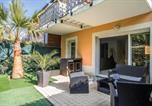 Location vacances  Gironde - Appartement 90 m2 avec parking terrasse balcons, proche du port et plages-1