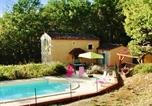 Location vacances  Lot - House with 3 bedrooms in Grezels with private pool and furnished garden-1