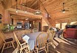 Location vacances Harrisonburg - Cabin with Mtn View, 4 Mi to Massanutten Resort-3