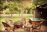 Location vacances Gonzales - Geronimo Creek Retreat Glamping Cabin #5-1