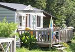 Camping avec Piscine couverte / chauffée Dragey-Ronthon - Camping Domaine de la Ville Huchet-3