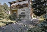 Location vacances Limbiate - Guesthero Villa - Caronno Pertusella-1