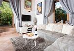Location vacances Chamonix-Mont-Blanc - Lou Lou Apartment-1