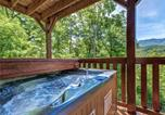 Location vacances Gatlinburg - Triple Mountain View, 4 Bedrooms, Hot Tub, Arcade, Free Wifi, Sleeps 10-2