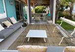 Location vacances  Réunion - Villa 'Corail Bleu' les pieds dans l'eau-3