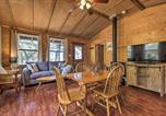 Location vacances Kyle - Secluded Cabin Oasis with Hill Country Views!-3