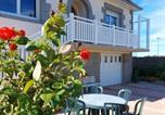 Location vacances Trévou-Tréguignec - Ty Ann maison avec jardin clos de mur, à proximité des commerces et à 3km des plages-2