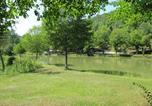 Camping avec Site nature Antonne-et-Trigonant - Camping Le Roc de Lavandre-3
