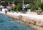 Location vacances Starigrad - Apartments by the sea Starigrad (Paklenica) - 6587-3