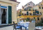 Location vacances  Province d'Imperia - Locazione Turistica Azzurro-1