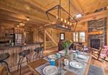 Location vacances North Canton - Family-Friendly Warsaw Cabin with Furnished Deck-3