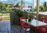 Location vacances Mahebourg - Apartment with 2 bedrooms in Mahebourg with wonderful sea view enclosed garden and Wifi 300 m from the beach-1