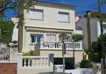 Location vacances Premià de Mar - Holiday home Cirbonera Masnou-1