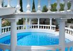 Location vacances Beaucaire - Beaucaire Villa Sleeps 15 Pool Wifi-2