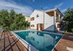 Location vacances Seget Vranjica - Villa Lahor with private pool-1