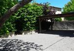 Location vacances  Puy de Dôme - Gîte romantique dans maison vigneronne-4