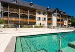 Location vacances  Hautes-Pyrénées - Residence Lagrange Vacances Le Clos Saint Hilaire - Hebergement + Forfait rem