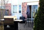 Location vacances Vaughan - Hillcrest Townhouse-1