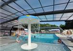 Camping avec Piscine Cabourg - Flower Camping La Chênaie-1