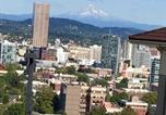 Location vacances Portland - Modern Condo Overlooking Portland-1