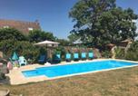 Location vacances Bourbon-Lancy - Gites La Tourelle-2